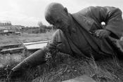 Lenin-abandonado-en-el-campo